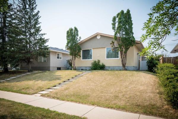 7367 Huntington Street NE, Calgary