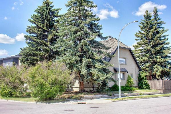 202 11 Avenue NW, Calgary