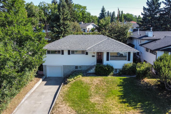 26 Cornell Place NW, Calgary
