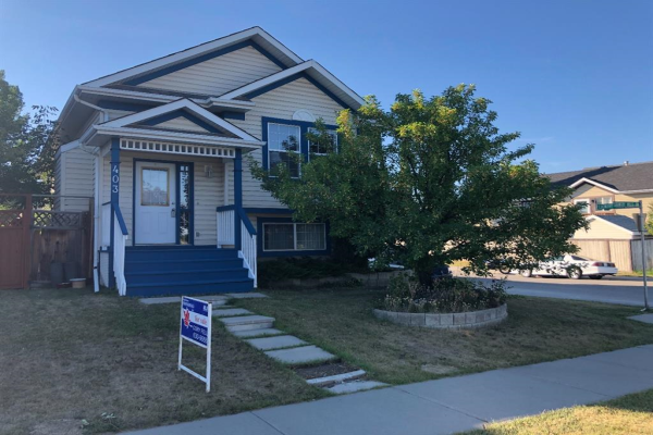 403 Country Hills Drive NW, Calgary