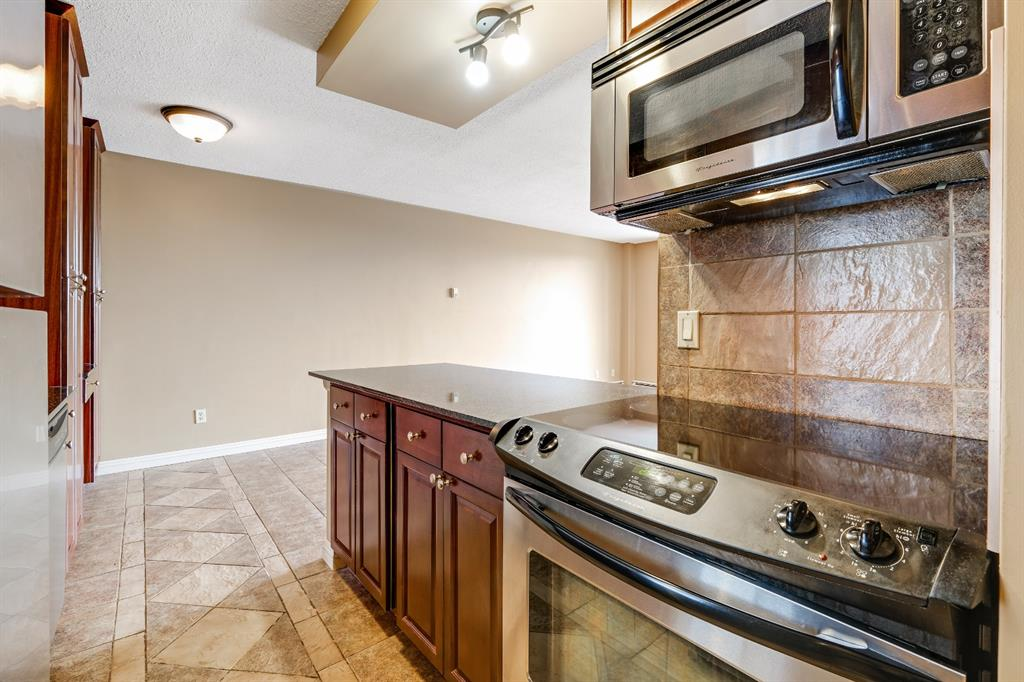 Listing A1141882 - Large Photo # 3