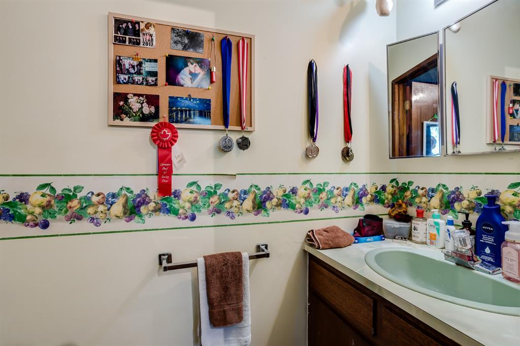 Listing A1143057 - Large Photo # 12