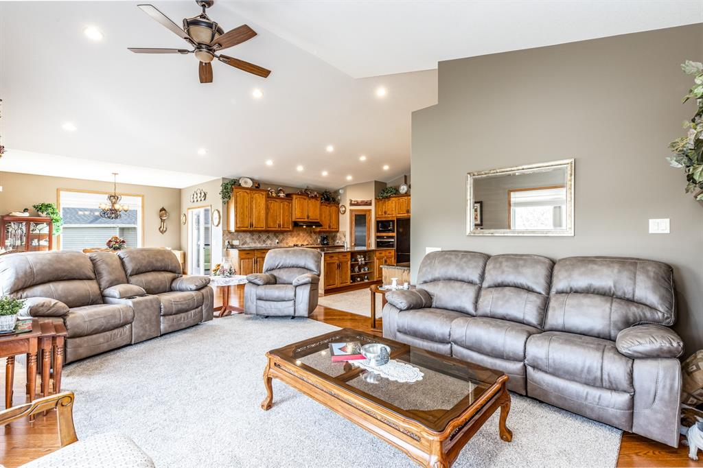 Listing A1143431 - Large Photo # 15