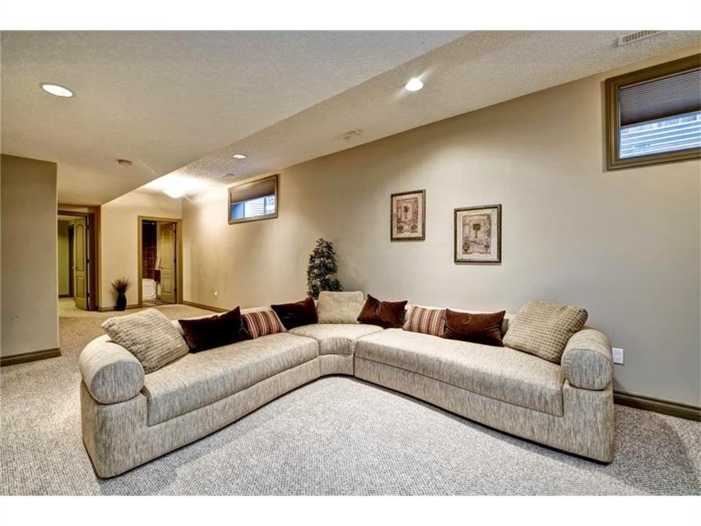 Listing A1143937 - Large Photo # 27