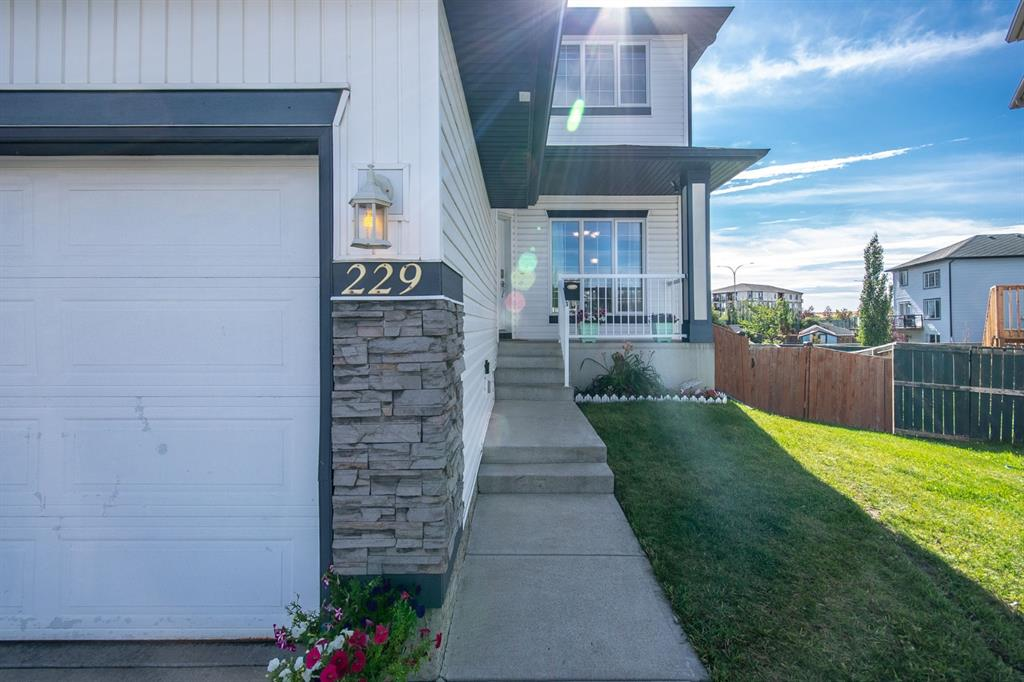 Listing A1144466 - Large Photo # 2