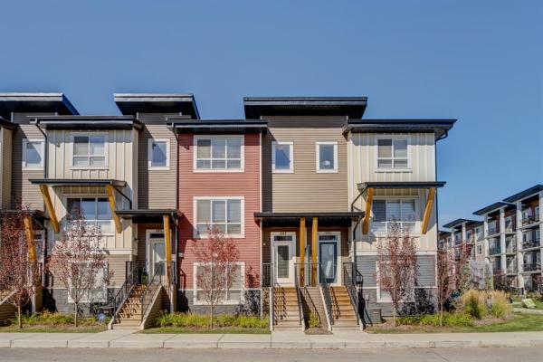 103 Walgrove Cove SE, Calgary