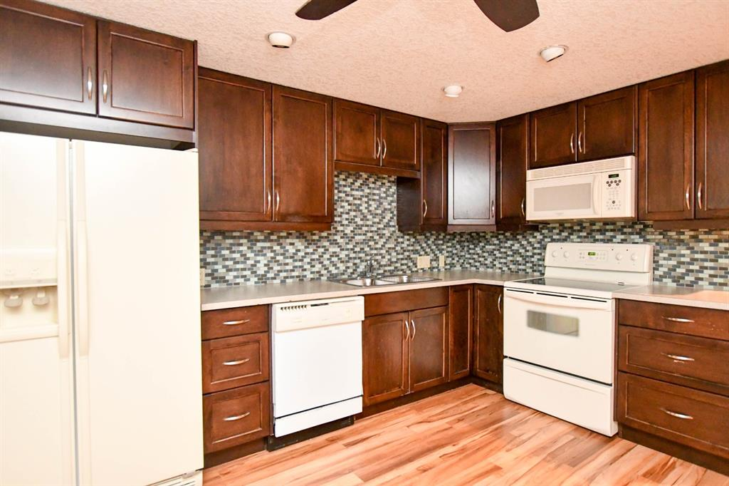 Listing A1146820 - Large Photo # 33