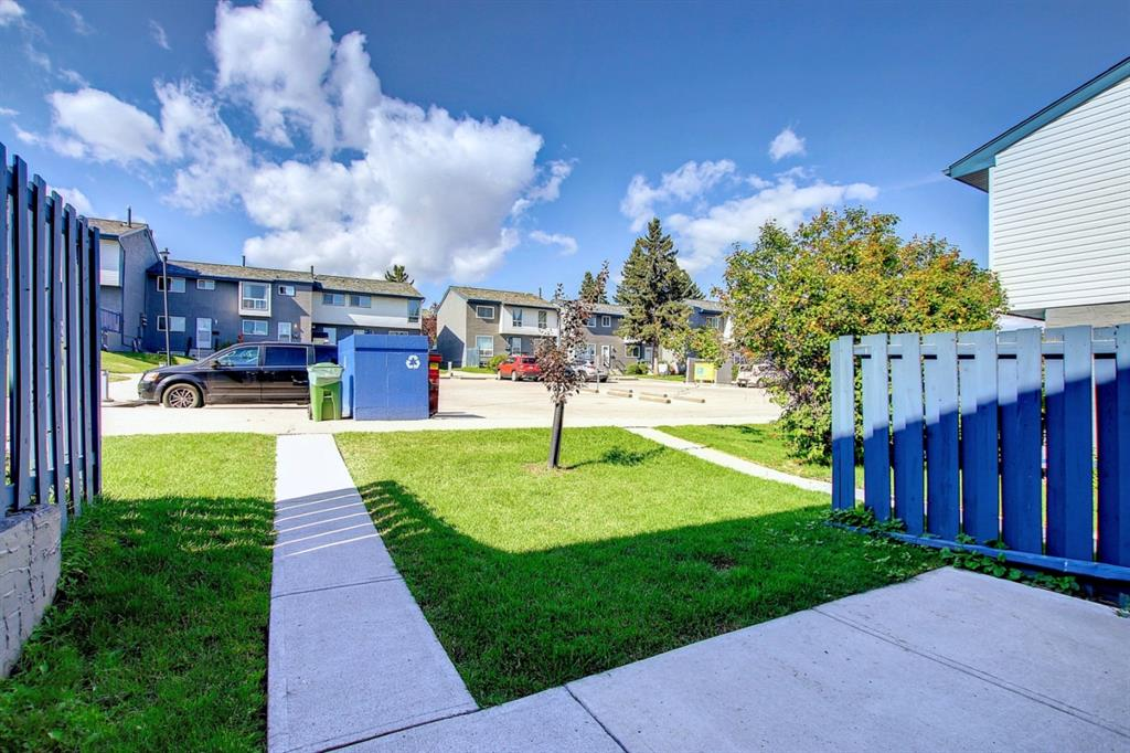 Listing A1146838 - Large Photo # 3