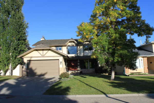 319 Woodhaven Place SW, Calgary
