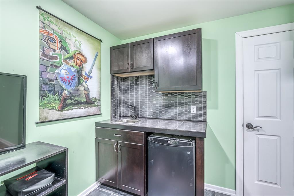 Listing A1147616 - Large Photo # 19
