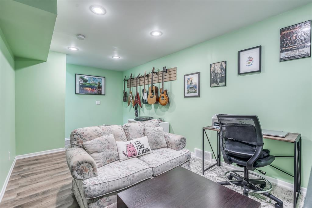 Listing A1147616 - Large Photo # 18