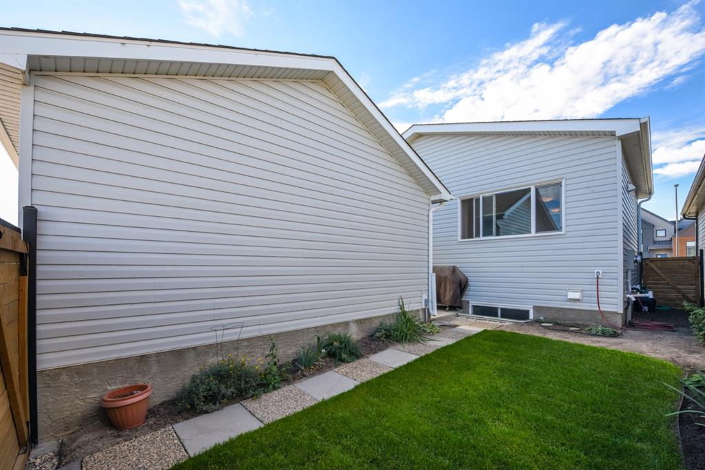 Listing A1148122 - Large Photo # 3