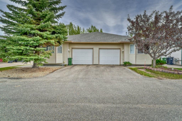 72 Strathaven Heights, Strathmore