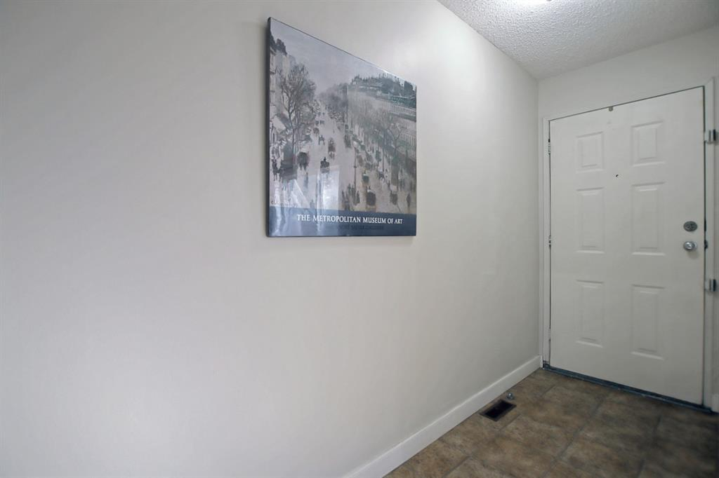 Listing A1148581 - Large Photo # 6