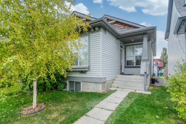 138 Auburn Bay Heights SE, Calgary