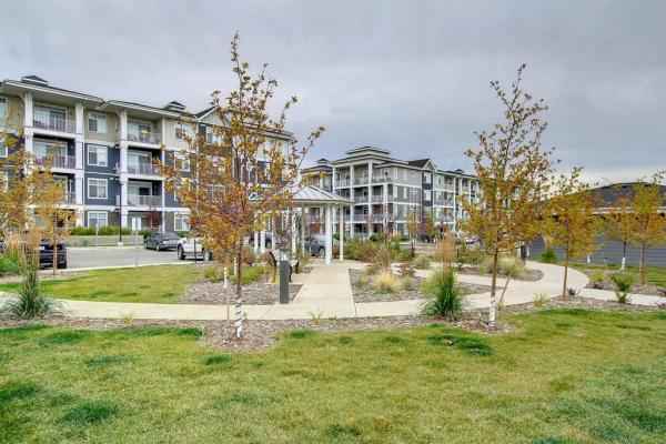 400 Auburn Meadows Common SE, Calgary