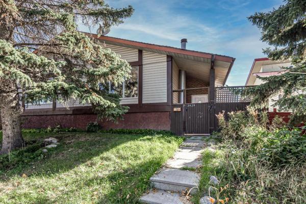 3429 35 Avenue SE, Calgary