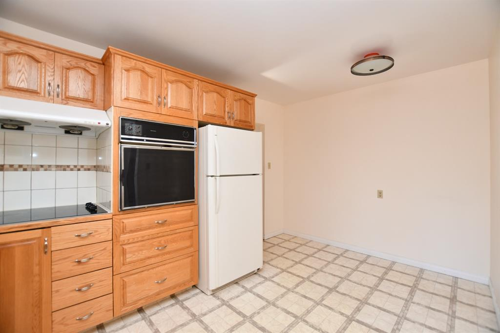 Listing A1153396 - Large Photo # 14