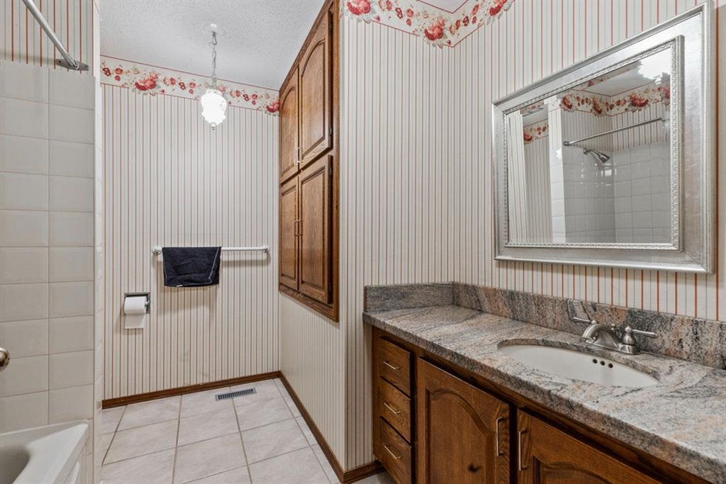 Listing A1153803 - Large Photo # 28