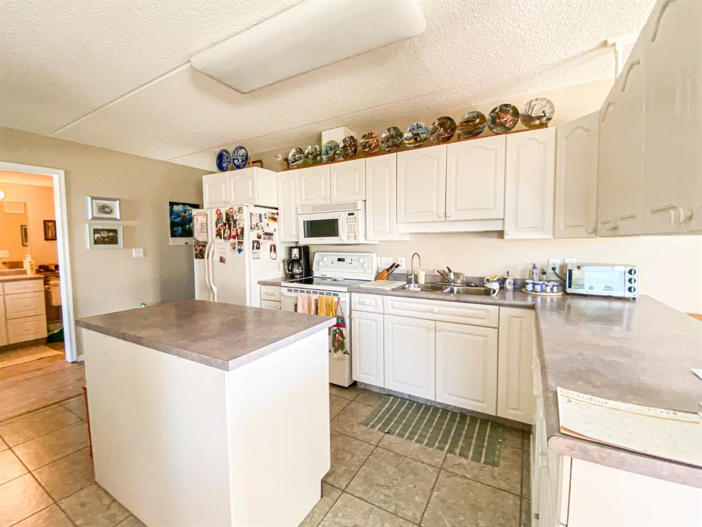 Listing A1153822 - Large Photo # 3