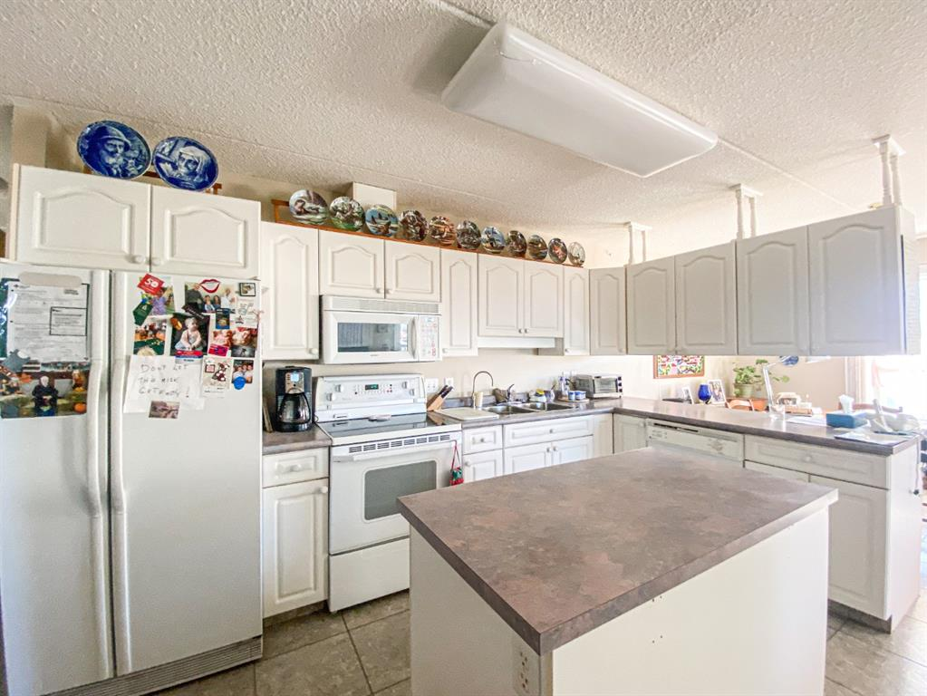 Listing A1153822 - Large Photo # 4