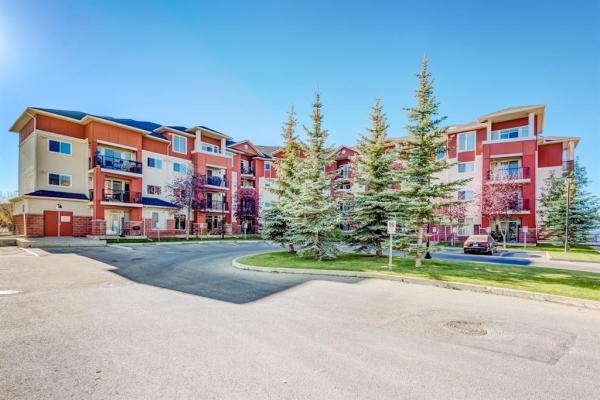 162 Country Village Circle NE, Calgary