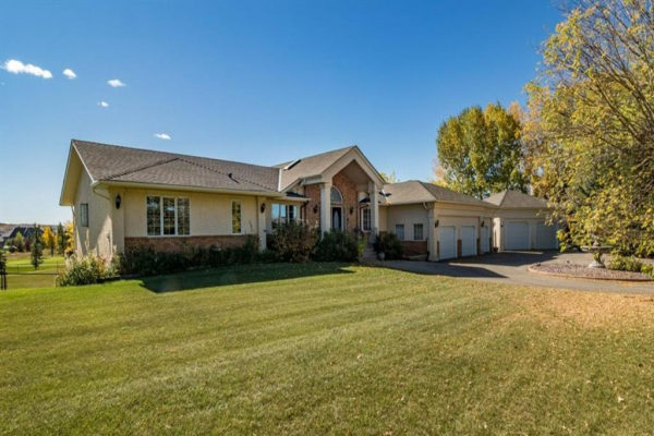 39 Bearspaw Meadows Court, Rural Rocky View County