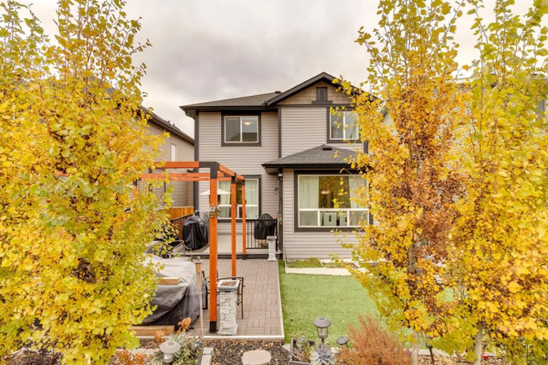 172 Hillcrest Drive SW, Airdrie