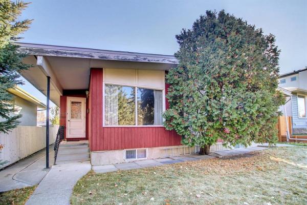 1610 45 Street SW, Calgary