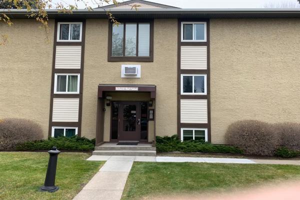 366 94 Avenue SE, Calgary