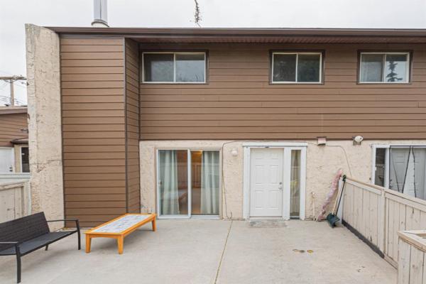 5404 10 Avenue SE, Calgary