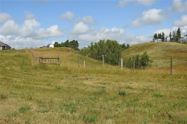 5 acres SW of Okotoks, Rural Foothills County