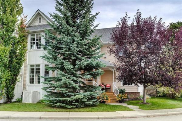 188 SOMME Manor SW, Calgary