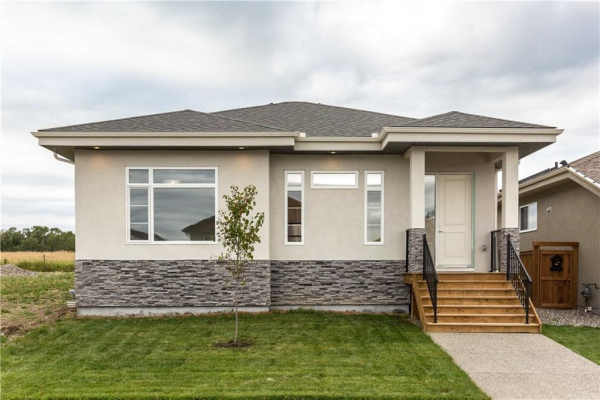 649 Country Meadows Close, Turner Valley