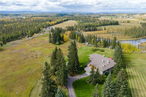 195 PINEBROOK WY SW, Rural Rocky View County