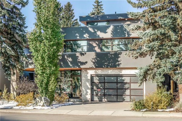27 WINDSOR CR SW, Calgary