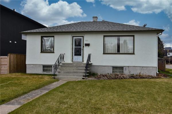 601 21 Avenue NE, Calgary