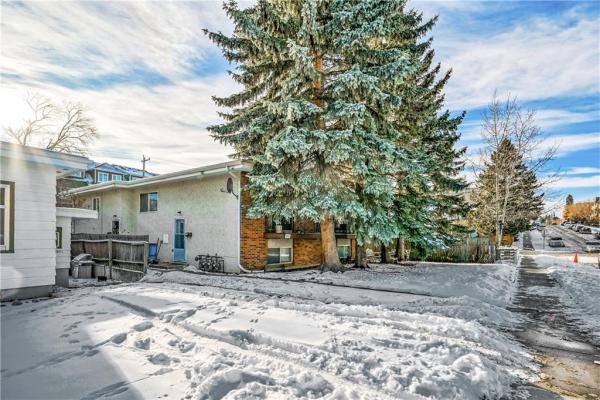 1633 27 AV SW, Calgary