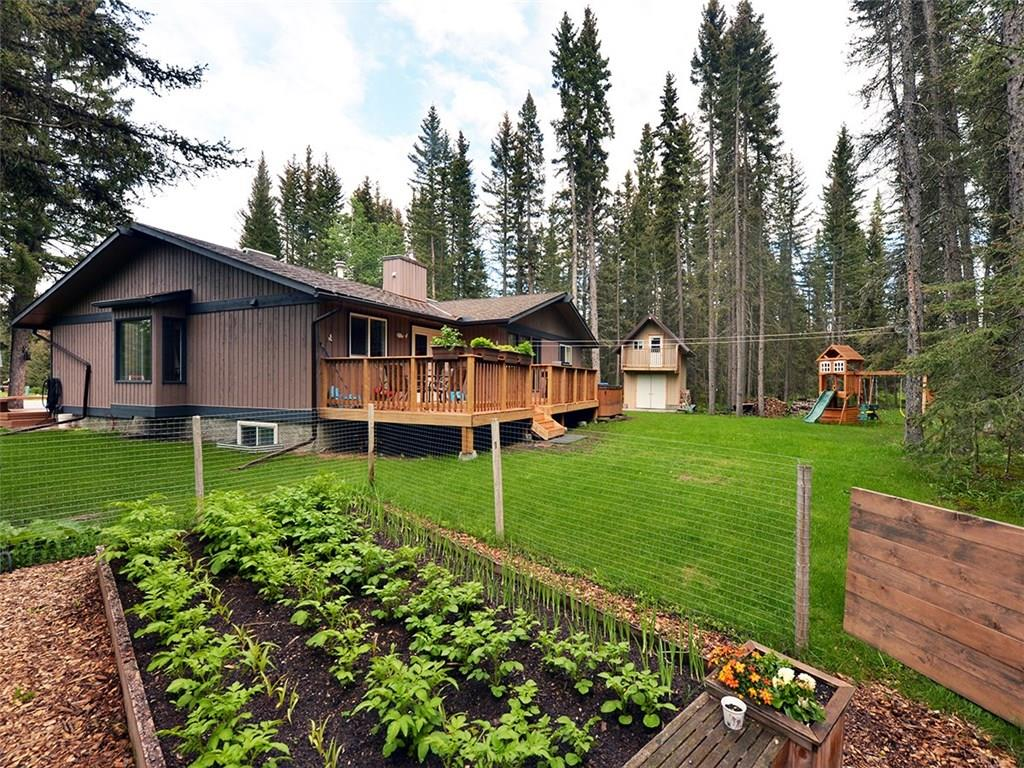 3 Wolf CL , Redwood Meadows