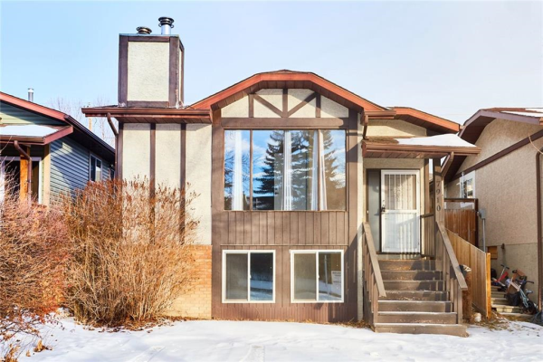 7910 RANCHVIEW DR NW, Calgary