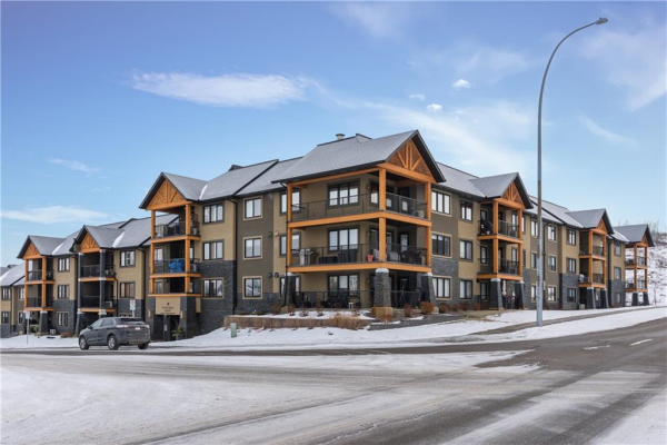 #203 103 VALLEY RIDGE MR NW, Calgary