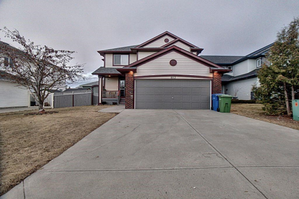 813 Crystal Beach BA , Chestermere