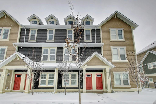 137 South Point CO , Airdrie
