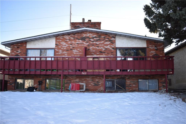 343B 33 AV NE, Calgary
