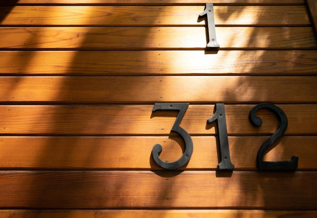 Listing C4284914 - Large Photo # 46
