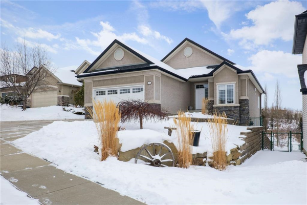116 VALLEY CREEK CR NW, Calgary