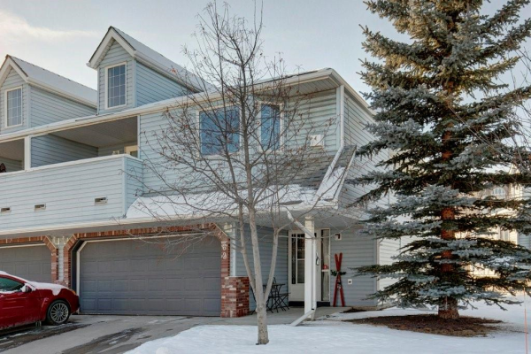 62 Valley Ridge HT NW, Calgary