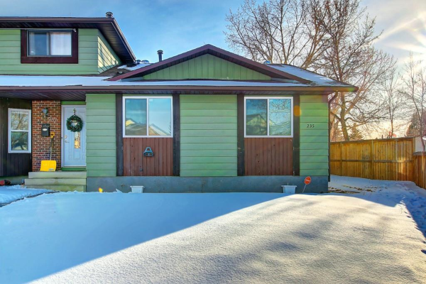 235 Aboyne PL NE, Calgary
