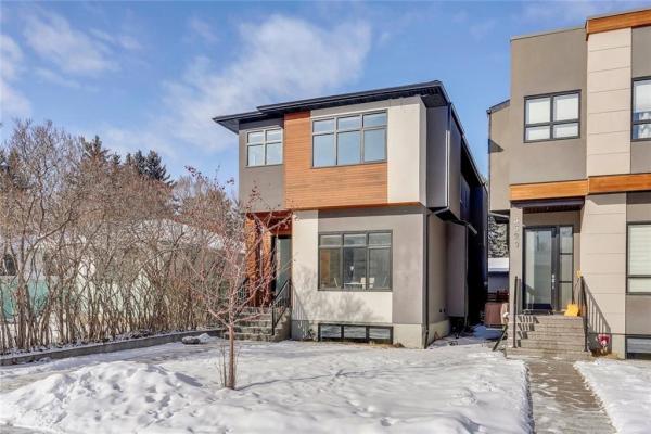 3522 7 AV SW, Calgary