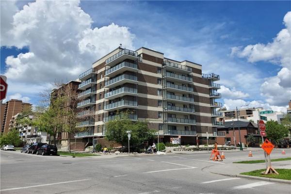 #204 1208 14 AV SW, Calgary